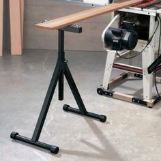 Rockler Ball Bearing Stand - You'll be able to handle almost any load with our heavy-duty Ball Bearing Stand! It's ideal for use with wide or long stock on table saws, band saws, planers and drill presses.