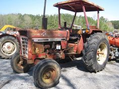 This tractor has been dismantled for International 884 tractor parts.  #International #IH #tractor #parts