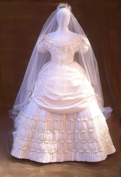 This wedding dress ball gown victorian dress is just one of the custom, handmade pieces you'll find in our Costumes shops. Bridal Gowns, Wedding Gowns, Wedding Ceremony, Vintage Dresses, Vintage Outfits, Vintage Bridal, Ball Dresses, Event Dresses, Wedding Attire