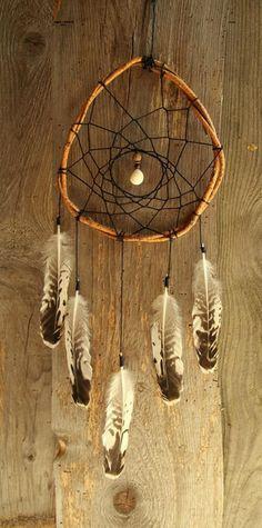 ~Wild Dreams Traumfänger~ von Islandelfe auf DaWanda.com Beautiful Dream Catchers, Diy Haircut, Diy Tumblr, Crafts Beautiful, Diy Crafts For Gifts, Camping Crafts, Driftwood Art, Land Art, Suncatchers