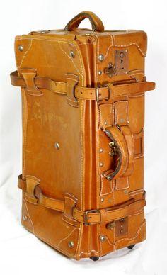 Vintage Leather Luggage Set image 4