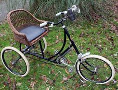 1928 ROCHET Wicker Chair TRICYCLE Very Rare French Vintage Bicycle Antique Trike | GreatestCollectibles.com