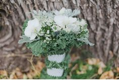 Photo by http://michelle-edmonds.com. Styled, coordinated by taymadeweddings.com. Flowers by myfavoriteflowers.com. Outdoor fall, winter wedding inspiration in the beautiful alpine forest. Natural, elegant and organic.