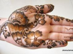 How to Mehndi Design on Hands Step By Step