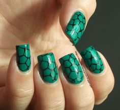 The clockwise nail Polish: Turtle pattern & Purple Professional Nº52