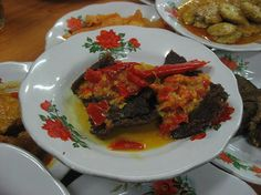 Masakan Khas Minang Kabau,: Dendeng Batokok Indonesian Food, Indonesian Recipes, Padang, Salsa, Bbq, Meat, Cooking, Culture, Easy Meals