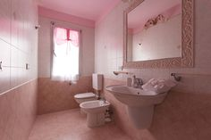 Bagno delle perle-Pearls bathroom