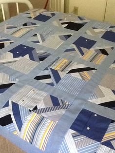 and from all those leftover men's shirts. A quilt top! Would love to make one out of my Pawpaws old shirts. Colchas Quilt, Plaid Quilt, Man Quilt, Quilt Top, Patchwork Quilting, Scrappy Quilts, Baby Quilts, Denim Quilts, Necktie Quilt