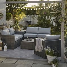 garden furniture Retro: Rattan was big in the Seventies and is now making a triumphant return for the summer Rattan Garden Furniture, Sofa Furniture, Outdoor Furniture Sets, Furniture Ideas, Funny Furniture, Garden Furniture Design, Furniture Websites, Inexpensive Furniture, Furniture Removal