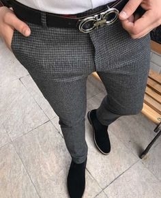 Mens Style Discover Revlon One-Step Hair Dryer And Volumizer Hot Air Brush Black Mens Fashion Blazer, Mens Fashion Wear, Suit Fashion, Slim Fit Dress Pants, Men Dress, Mens Plaid Pants, Formal Men Outfit, Hipster Man, Stylish Mens Outfits