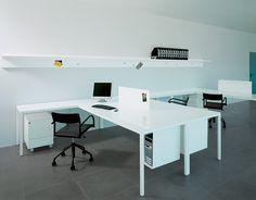 Picture of Ernesto Work, desk