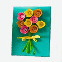 Knutseltip: Bos bloemen | Mama en Zo Activities For Kids, Crafts For Kids, Decor Crafts, Handmade, Diy, Rainbows, Easter, Decoration, School