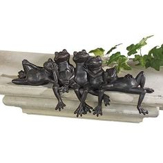 Lazy Daze Knot of Frogs Sill Sitters.froggies just love my pool Frog Statues, Gnome Statues, Animal Statues, Garden Statues, Garden Figurines, Wall Sculptures, Lion Sculpture, Frog Sitting, Outdoor Statues