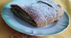 Jablkové záviny zo šľahačkového cesta bez kysnutia (fotorecept) - recept | Varecha.sk Bread, Food, Basket, Brot, Essen, Baking, Meals, Breads, Buns