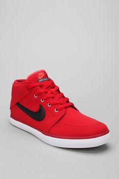 Nike Suketo Chukka Sneaker