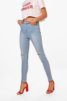 Jeans are the genius wear-with-anything wardrobe itemSkinny, straight, or slim, find your perfect jeans fit in the boohoo denim collection. Work the hot-right-now high waist in mom jeans and baggy boyfriend styles, and take your blues to the next level with punk badges and rock 'n' roll rips. Wear with a basic tee by day and add barely-there heeled sandals to take your denim from day to night.