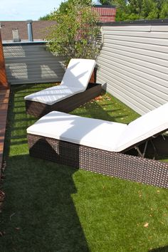 Synlawn, artificial turf, outdoor seating