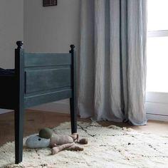 Op maat gemaakte linnen gordijnen. Creëer een pure sfeer in je huis met By Mölle linnen gordijnen. Ambachtelijk geweven en duurzaam geproduceerd