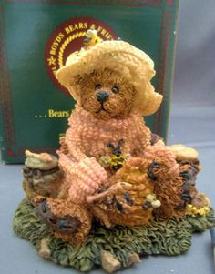 Boyds Bearstone BAILEY...HONEY BEAR Retired MIB #2260