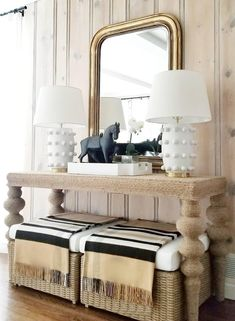BEST SELLERS: We love the way Ash Street Interiors styled the Linden Medium Table Lamps by Kelly Wearstler in this vignette! Black Master Bedroom, Master Bedroom Design, Foyer Decorating, Interior Decorating, Decorating Games, Decorating Websites, Minimal Decor, White Decor, Home Interior Design