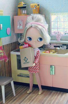 blythe doll- old school♥♥ Pretty Dolls, Beautiful Dolls, Blythe Dolls, Barbie Dolls, Little Doll, Custom Dolls, Ball Jointed Dolls, Doll Face, Big Eyes