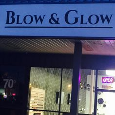 Heavens! Bet there's lots of happy folks leaving this store 😜 #fridayfeeling #friday #signage #glow #onestopshopping