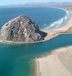 Morro Bay, California My favorite place for fish n chips, seashell hunting and tide pool exploring. So thankful to have been raised on the Central Coast and my children were able to experience it before we moved out of state. Central California, California Coast, California Dreamin', Central Coast, Pismo Beach California, Tahiti, Maldives, Santorini, Places To Travel