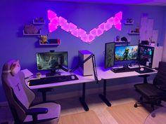 I present me and my fiancés MEGADESK! : battlestations Best Gaming Setup, Gamer Setup, Gaming Room Setup, Pc Setup, Computer Gaming Room, Computer Desk Setup, Desk Office, Duel Game, Set Up Gamer