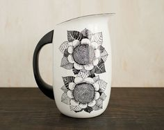 Black and white sunflowers - Kaj Frank - Finnish Design - Finel arabia enamel milk jug