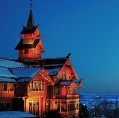Holmenkollen park hotel, Oslo, Norway ... doesn't this look like the coziest place ever??