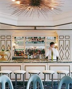 BG Restaurant at Bergdorf Goodman, NY. Courtesy of Kelly Wearstler. From the L'AB feature: Lady Luxe: An interview with Kelly Wearstler, the reigning queen of American interior design. Restaurant Bar, Banquette Restaurant, Restaurant Design, Modern Restaurant, Design Hotel, Architecture Restaurant, Interior Architecture, Interior And Exterior, Ideas