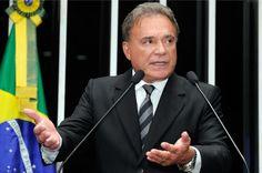 Alvaro Dias sugere redução do número de senadores e deputados — Senado Federal - Portal de Notícias
