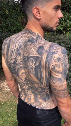 Tatuaje realista en la espalda de Marc Bartra, futbolista del Real Betis Balompié. Esta obra de arte ha sido realizada por nuestro tatuador Miguel Bohigues. Para más información visita nuestra página web: vtattoo.es , al igual que nuestro perfil oficial de instagram: @vtattoo.miguelbohigues #Vtattoo #Tattoo #MejoresTattoos #MarcBartra #Fútbol #Futbolista #TattooEspalda #Betis Torso Tattoos, Stomach Tattoos, Dog Tattoos, Body Art Tattoos, Full Back Tattoos, Back Tattoos For Guys, Cool Chest Tattoos, Best Sleeve Tattoos, Black Men Tattoos