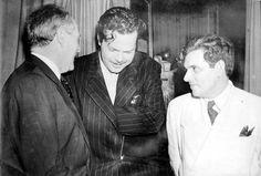 O ator e cineasta Orson Welles (ao centro) encontra-se com Oswaldo Aranha e Lorival Fontes, 1942. Rio de Janeiro (RJ). (CPDOC/ OA foto 260/1)