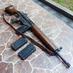 G3 AEG with Woodkit from Yogyakarta crafter