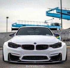 BMW F82 M4 white widebody slammed