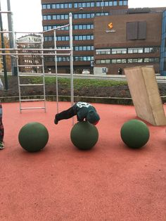Explore Bymiljøetaten's photos on Flickr. Bymiljøetaten has uploaded 1584 photos to Flickr. Aktiv, Parkour, Gym Equipment, Exercise, Explore, Photos, Ejercicio, Pictures, Excercise