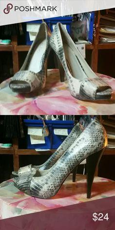 Aldo 6.5 snakeskin heels Gorgeous Aldo snakeskin heels adorable size 6 and a half Aldo Shoes Heels