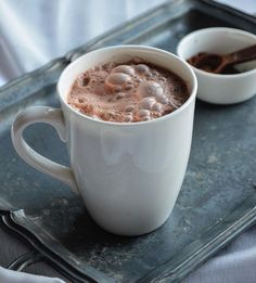#Vegan hot chocolate in minutes. Try this #recipe from @riseshinecook today. Ingredients: 3/4 cup almond milk 1/2 cup warm water 1 1/2 tablespoons cocoa 2 dates (pitted) 1/4 teaspoon vanilla dash cinnamon Directions: 1️⃣ Warm almond milk on stove. 2️⃣ Transfer milk to #Vitamix along with other ingredients and blend on high. 3️⃣ Transfer to cup and enjoy! *Never put boiling liquids in your Vitamix.