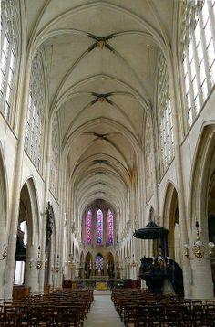 Église Saint-Germain-l'Auxerrois, Nef centrale (Paris)
