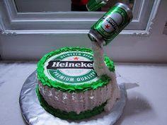 Mellos doces : Seu bolo HEINEKEN Bolo Budweiser, Liquor Cake, Gravity Cake, Casino Cakes, Dream Cake, Cakes For Men, Cake Decorating Techniques, Drip Cakes, Celebration Cakes