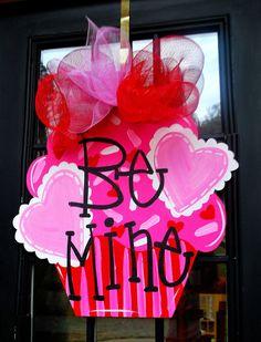 Valentine Cupcake Door Hanger Be Mine Valentine by LooLeighsCharm, $45.00