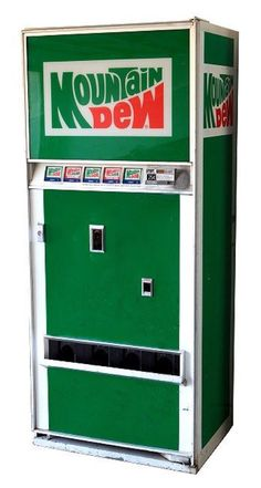 1974 Mountain Dew Vending Machine, a real deal pop bottle machine Soda Vending Machine, Vending Machines, Vintage Advertisements, Vintage Ads, Vintage Food, Vintage Items, Pepsi Cola, Coke, Soda Machines