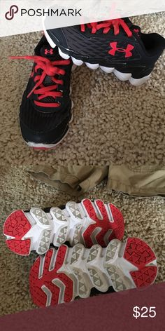 Toddler Boys Under armor shoes size 11 LIKE NEW!! Toddler Boys Under armor shoes size 11 LIKE NEW!!   Barely worn Under Armour Shoes Sneakers