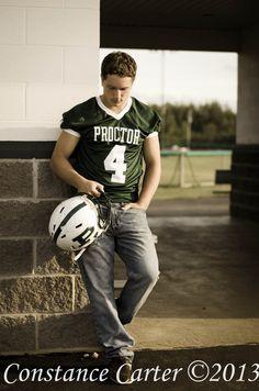 Senior Football Picture/ helmet/Jersey/guys senior picture