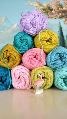 I looooove these yarn colours! This is one of my favourite #crochet blogs ever