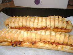 PREFOU VENDEEN Chorizo, Bruschetta, Hot Dog Buns, Finger Foods, Entrees, Buffet, Sandwiches, Brunch, Snacks