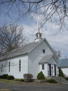 Old Country Churches, Old Churches, Catholic Churches, Places Around The World, Around The Worlds, Church Pictures, Take Me To Church, Church Building, Place Of Worship