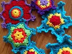 Fiddlesticks - My crochet and knitting ramblings.: Funky Crocheted Snowflakes!