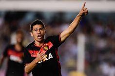 O Santos teve uma noite para se esquecer neste sábado, diante do Sport, na Vila Belmiro